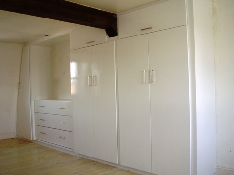 fitted oak wardrobes